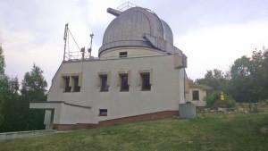 Zamračená obloha nad observatóriom.  Autor: Miroslav Grnja.